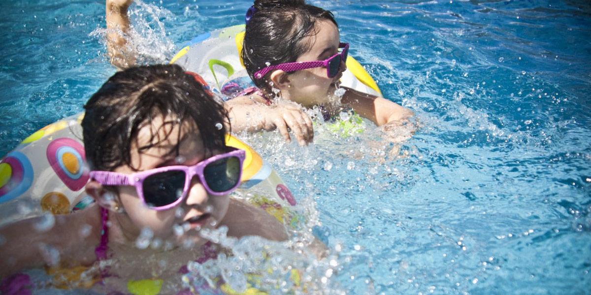 beneficios-comprar-departamento-nuevo-con-piscina-relaja